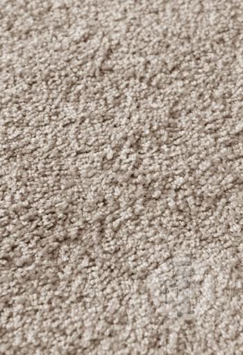 [metrazny-koberec-ponza-87183-bledohneda-2.jpg]