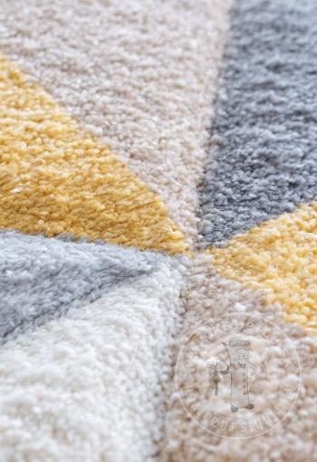 [kusovy-koberec-rumba-4157b-crem-yellow-2.jpg]